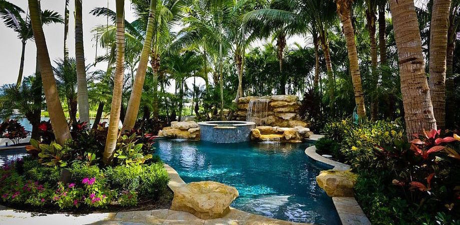 Outdoor Pool Landscaping Designs