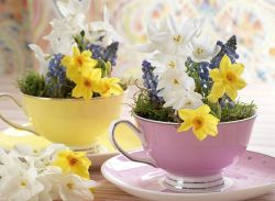 Spring Home Table Decorations Center Pieces 31