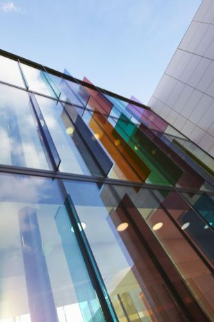 Stunning Glass Facade Building and Architecture Concept 38