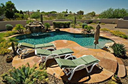 Stunning Outdoor Pool Landscaping Designs 14