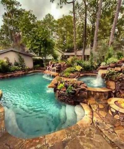 Stunning Outdoor Pool Landscaping Designs 47