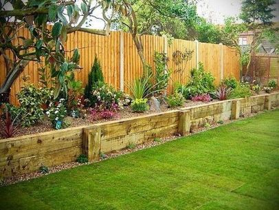Stunning Privacy Fence Line Landscaping Ideas 34