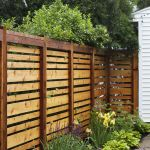 Stunning Privacy Fence Line Landscaping Ideas 42