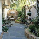 Stunning Privacy Fence Line Landscaping Ideas 78