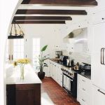 Amazing Brick Floor Kitchen Design Inspirations 37