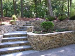 Front Yard and Garden Walkway Landscaping Inspirations 16