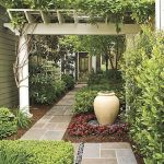 Front Yard and Garden Walkway Landscaping Inspirations 25