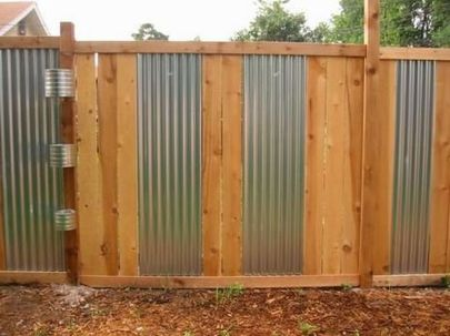 Stunning Creative Fence Ideas for Your Home Yard 45