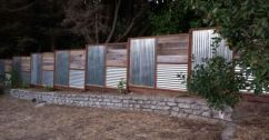Stunning Creative Fence Ideas for Your Home Yard 5