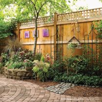 Stunning Creative Fence Ideas for Your Home Yard 61