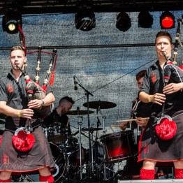 red-hot-chili-pipers-woa-14-2373(1)