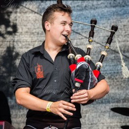 red-hot-chili-pipers-woa-14-2403(1)