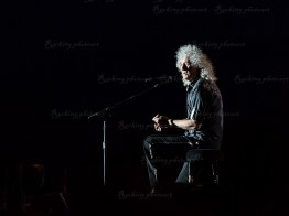 Queen, Adam Lambert srf 16-10257
