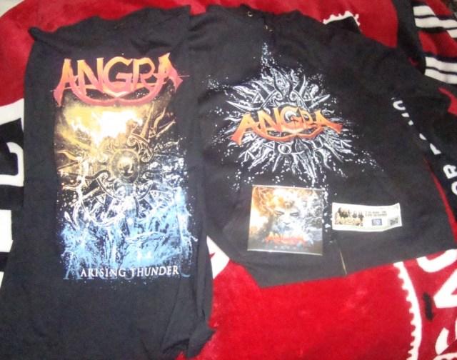 Camiseta, CD, Blusão e ingresso!