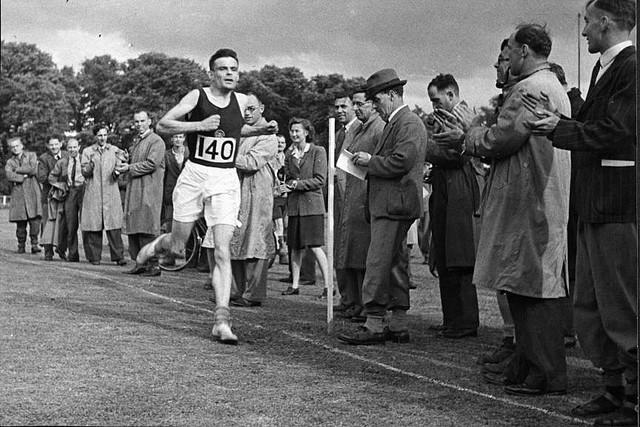 Alan Turing praticava esportes.