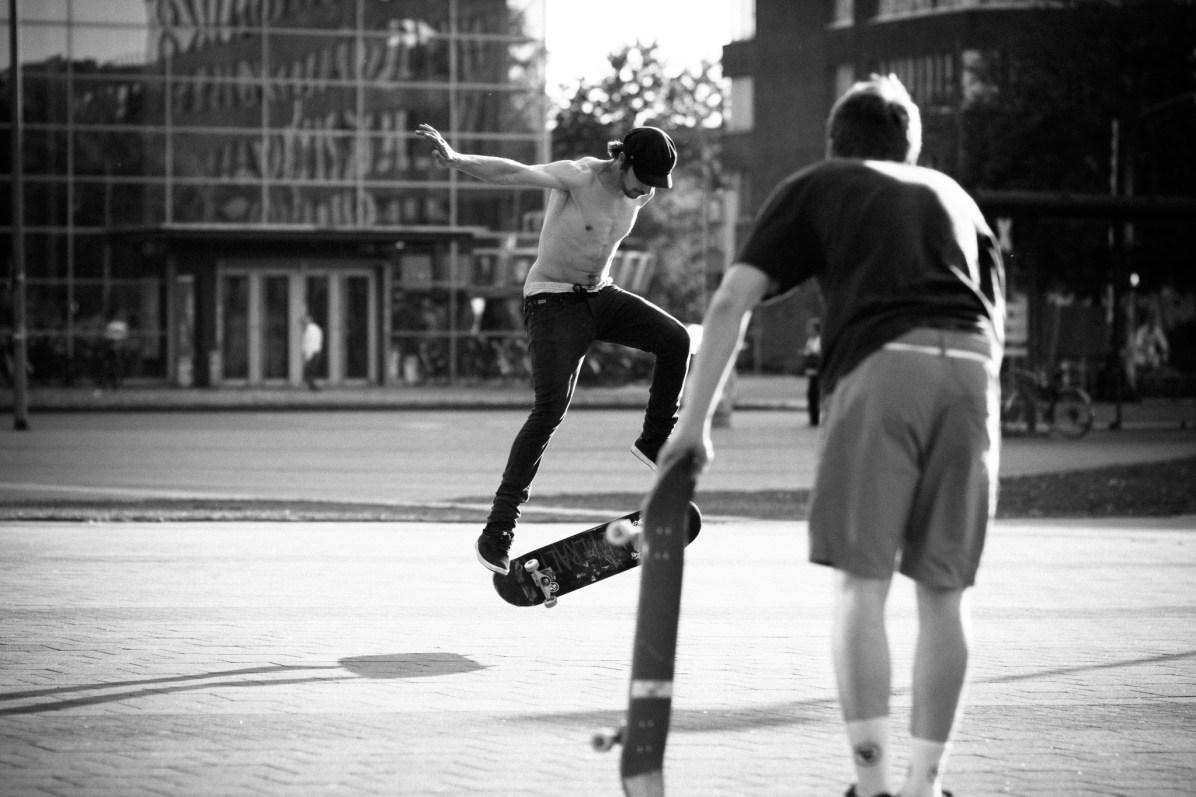 Skater in Münster - Andreas Völker Fotograf Münster - Portraitfotograf Businessfotograf Familienfotograf Hochzeitsfotograf - Portraitfotos Businessfotos Familienfotos Hochzeitsfotos