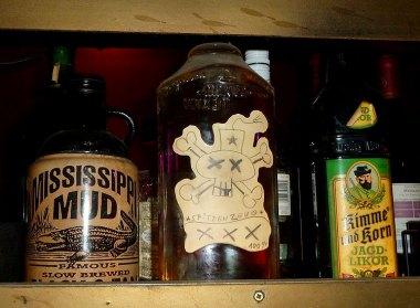 Flaschen in der DKK-Bar