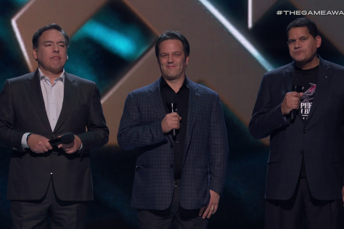 Shawn Layden, Phil Spencer et Reggie Fils Aimé aux Game Awards