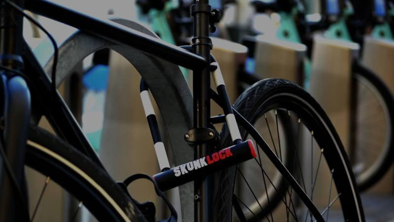 Kotzende Fahrraddiebe