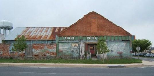 Visitor Center pre-restoration (1)