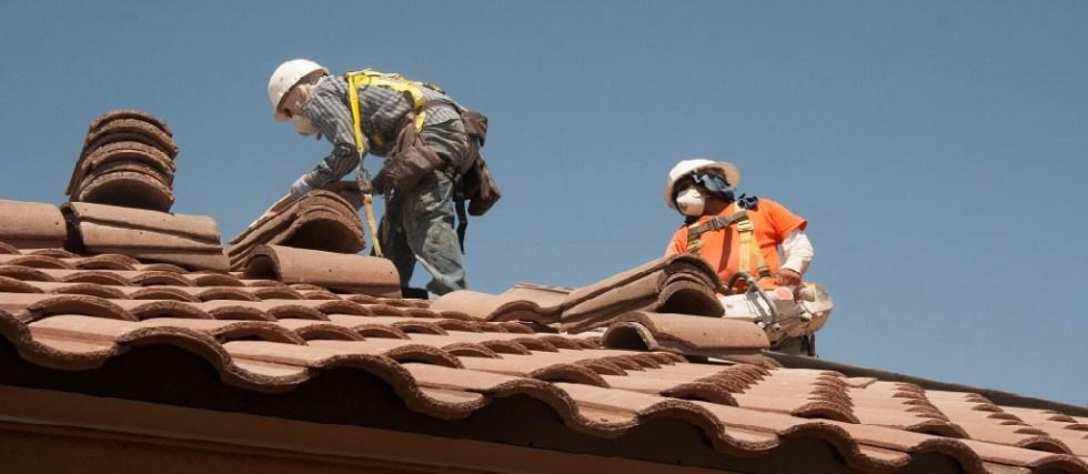 guys repairing roof