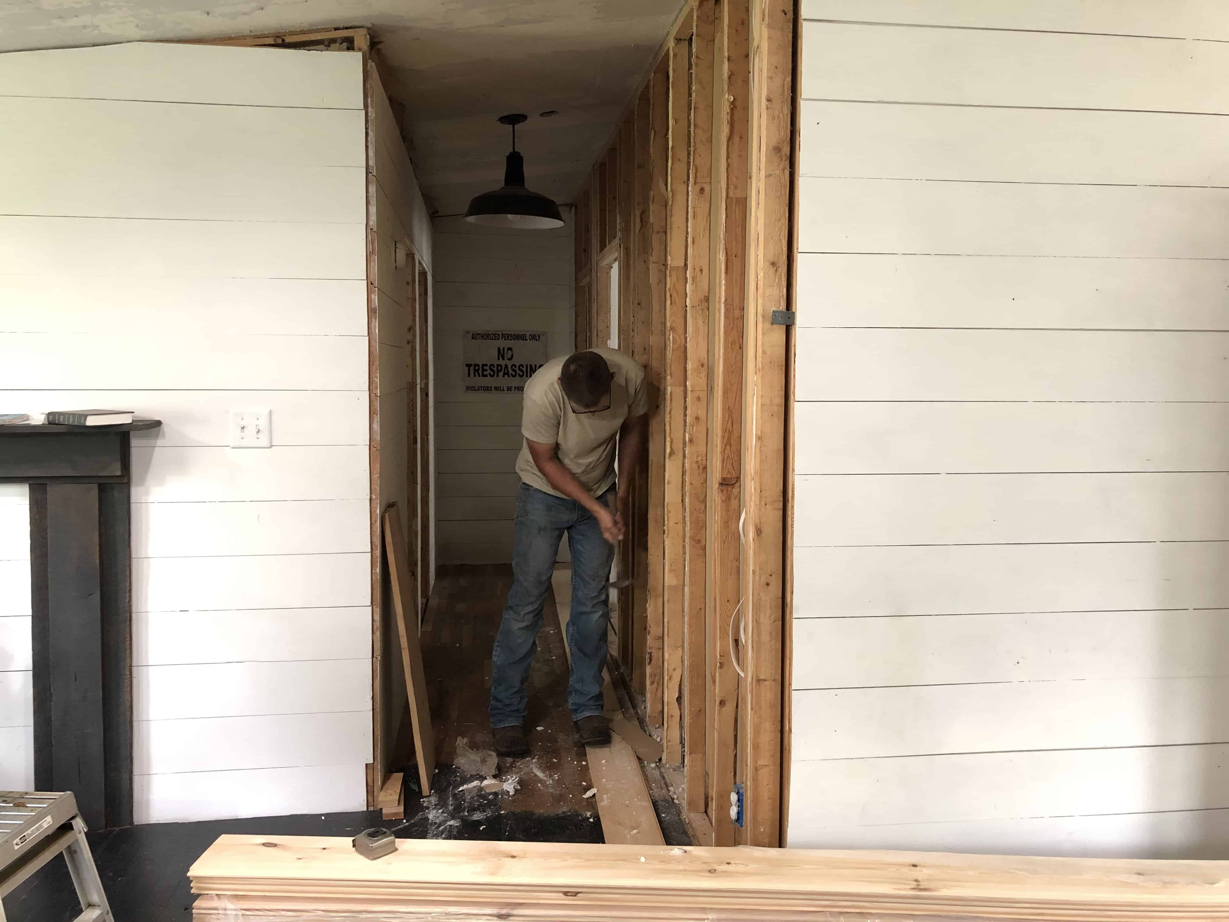 Ways to Cover Mobile Home Walls by using Real Shiplap