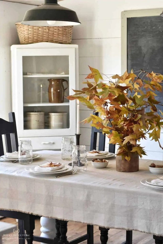 fall rustic table decor