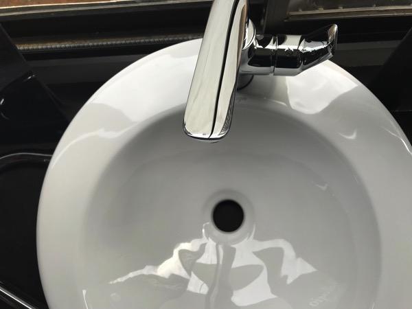 Bathroom ceramic clean 709749