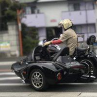 サイドカーには独特のライディング技術が必要ですよね。