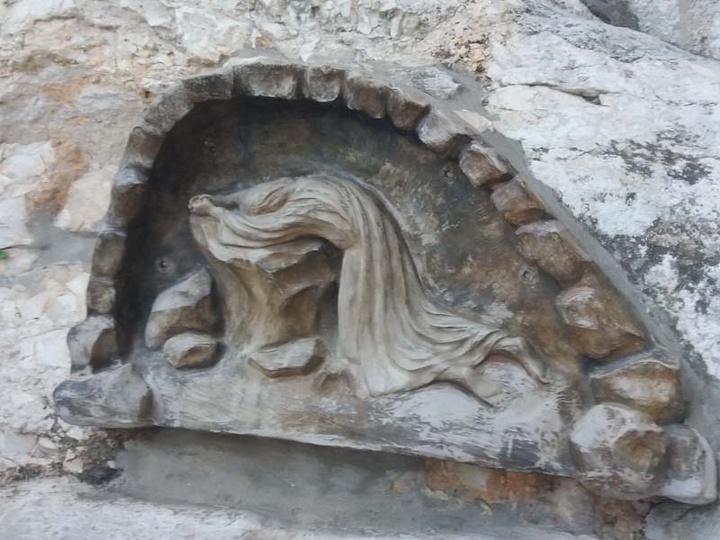 Ο Βράχος της Αγωνίας, όπως τον αναπαριστούν οι Καθολικοί