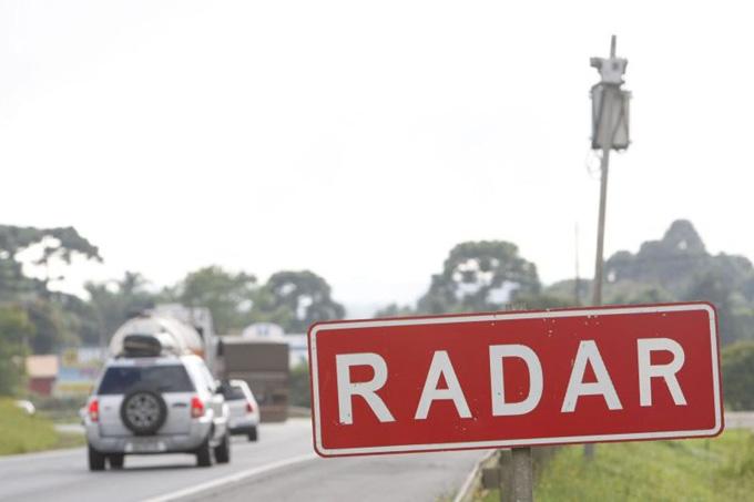 Atenção motorista! Trecho da BR-277 vai ganhar novos radares!
