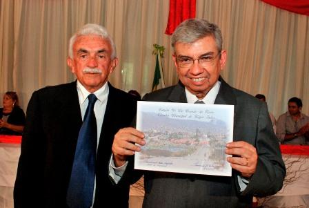 _DSC0319_Ministro_recebendo_o_ttulo_de_cidado_majorsalense