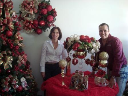 Maylan_Accioly_e_Clodualdo_Bahia_nos_preparativos_para_o_Christmas_in_the_house_3