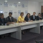 Presidente_assinatura_de_protocolo