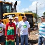 Ney_Lopes_prefeito_no_Brasil_Novo_acompanha_o_multiro._15.12.2012_26
