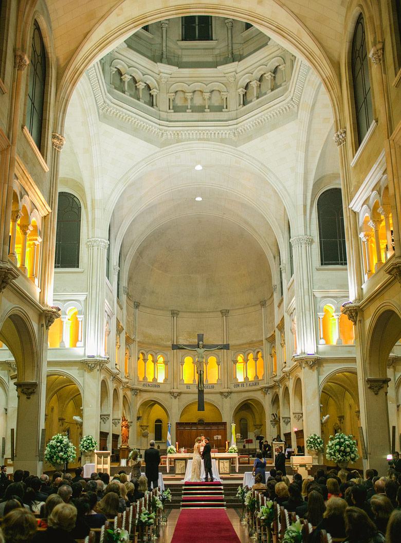 Fotografia de un casamiento en Iglesia San Benito Abad