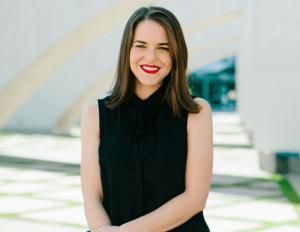 Melanie Deziel headshot