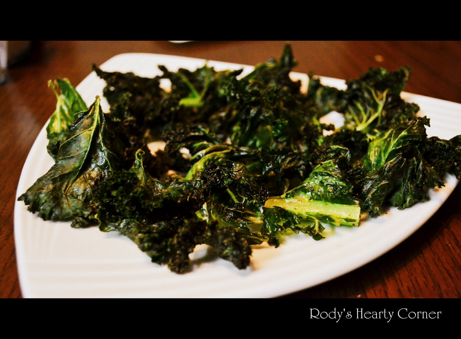 Healthy crispy kale chips