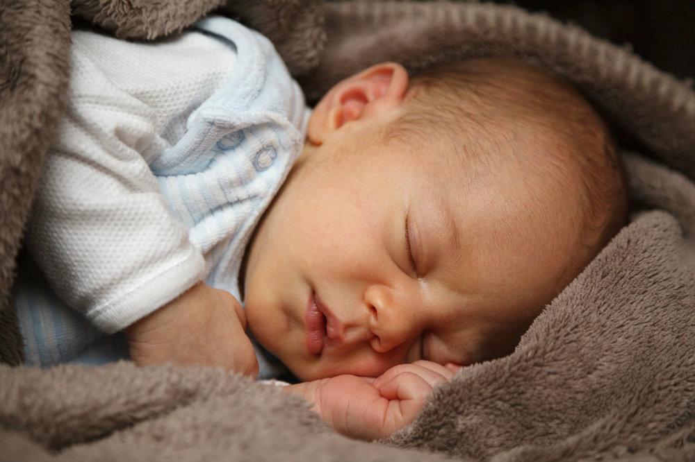 czkawka u niemowlaka