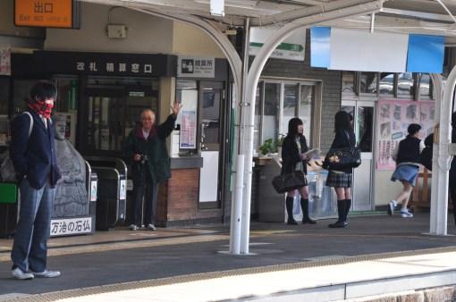 Przywitanie na peronie