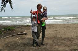 Na plaży w Tortuguero