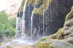 Górski Karabach wodospad parasolki
