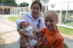 Małe dzieci w Tajlandii