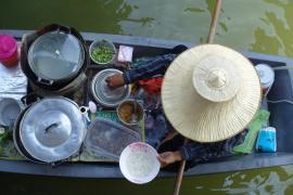 Amphawa, czyli pływający targ w Tajlandii