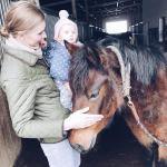 Na koniu