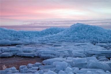 drift ice cold winter scenery