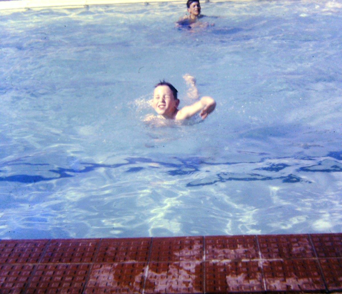Zwembadinopenlucht1