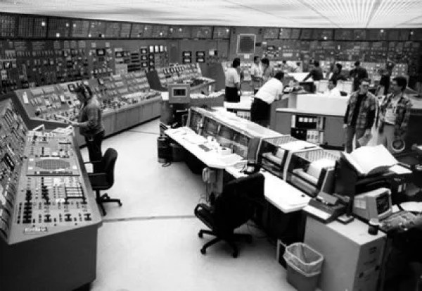 Nuclear Power Plant Control Room - @roger_uk #rogeriodasilva