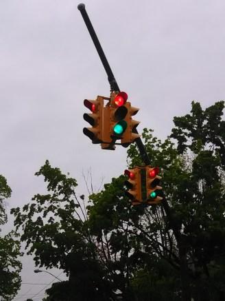 red green light