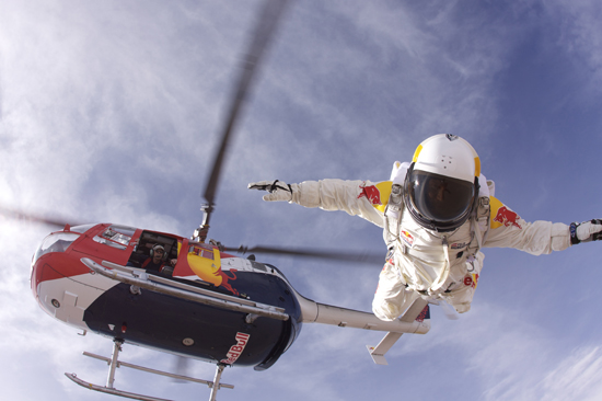 Rogue Mag - Red Bull Stratos Project - Felix Baumgartner (AUT) - Test Jump